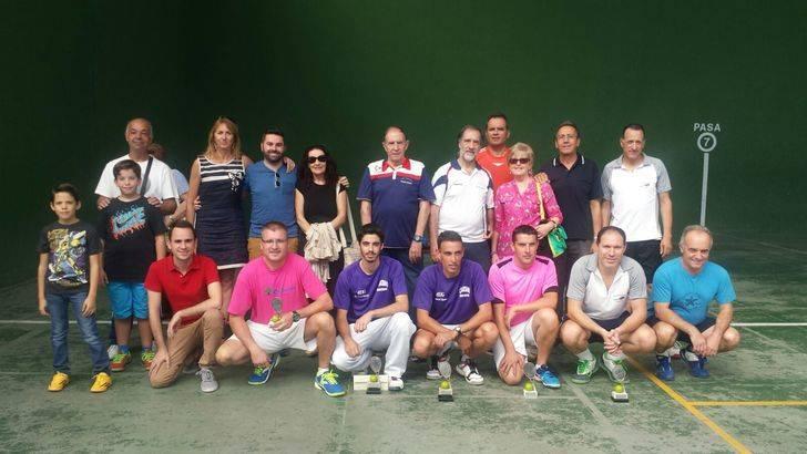 Casi una veintena de raquetas participaron en el Campeonato Pretemporada de Frontenis de Cabanillas