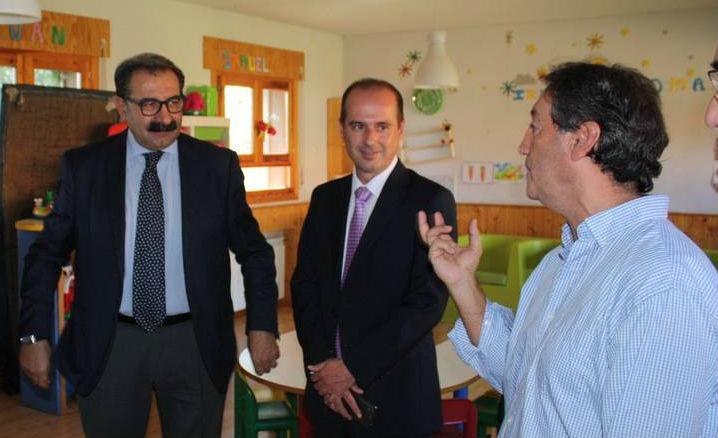 El consejero de Sanidad destaca en Guadalajara la labor que Proyecto Hombre realiza en el campo socio terapéutico