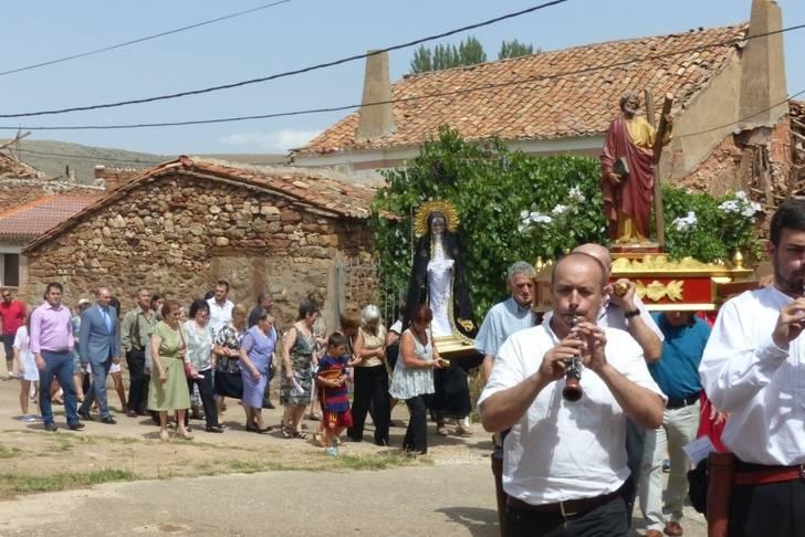 El presidente de la Diputación participa con sus vecinos en las fiestas patronales de Romanillos de Atienza