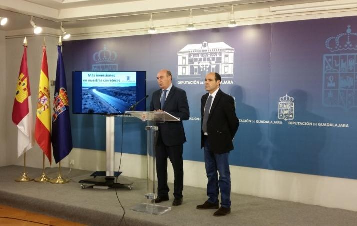 El presidente de la Diputación anuncia dos millones de euros más de inversión en mejorar las carreteras