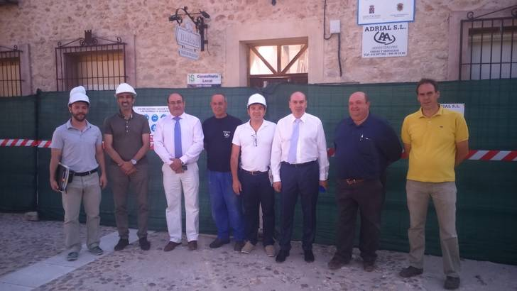 Firmada el acta de replanteo para la demolición del antiguo Ayuntamiento de Palazuelos