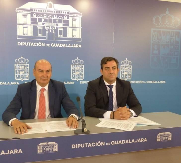 Los trabajadores de la Diputación recuperarán la totalidad de la paga extraordinaria de 2012