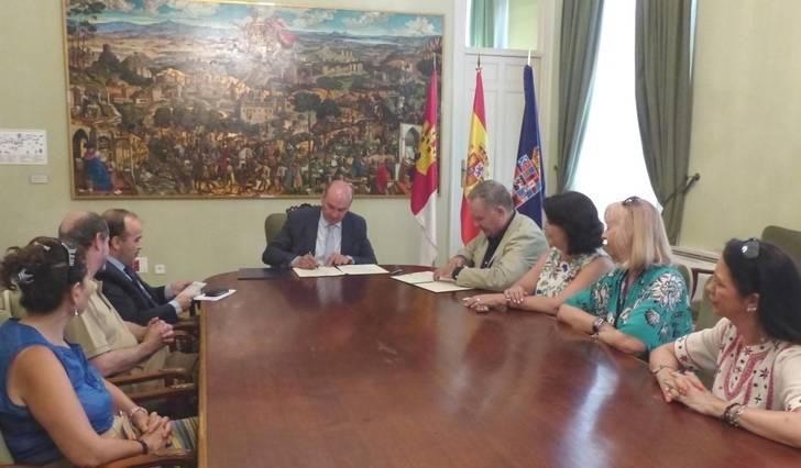 La Diputación colabora con Siglo Futuro para la organización de actividades culturales en la provincia