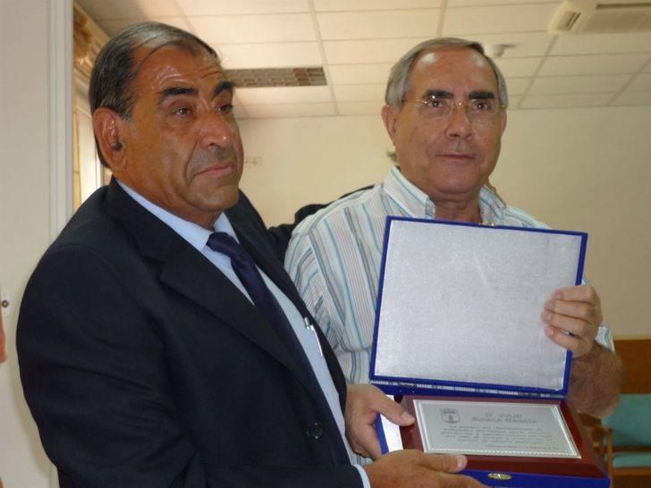 Cabanillas decreta luto oficial por el fallecimiento del histórico funcionario Julio Biosca
