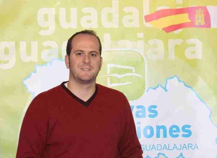 """Lucas Castillo: """"Es vergonzoso que Page trate de apropiarse ahora de algo que ideó, proyectó y planificó Mª Dolores Cospedal"""""""