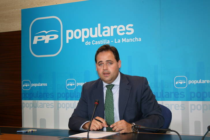 Núñez destaca el trabajo de Cospedal junto a los ciudadanos para que Castilla-La Mancha crezca y cree empleo y pide a Page que no lo eche por tierra