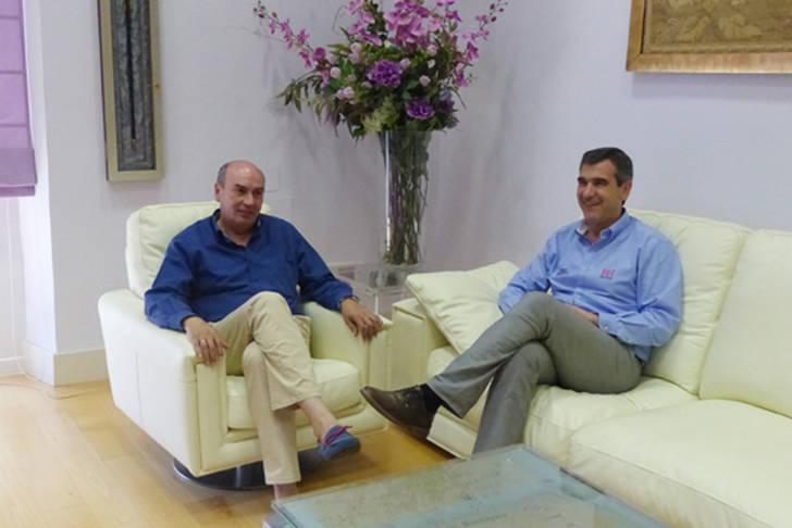 Ayuntamiento y Diputación acuerdan iniciar las negociaciones para estudiar la adscripción del Servicio de Extinción al Consorcio Provincial