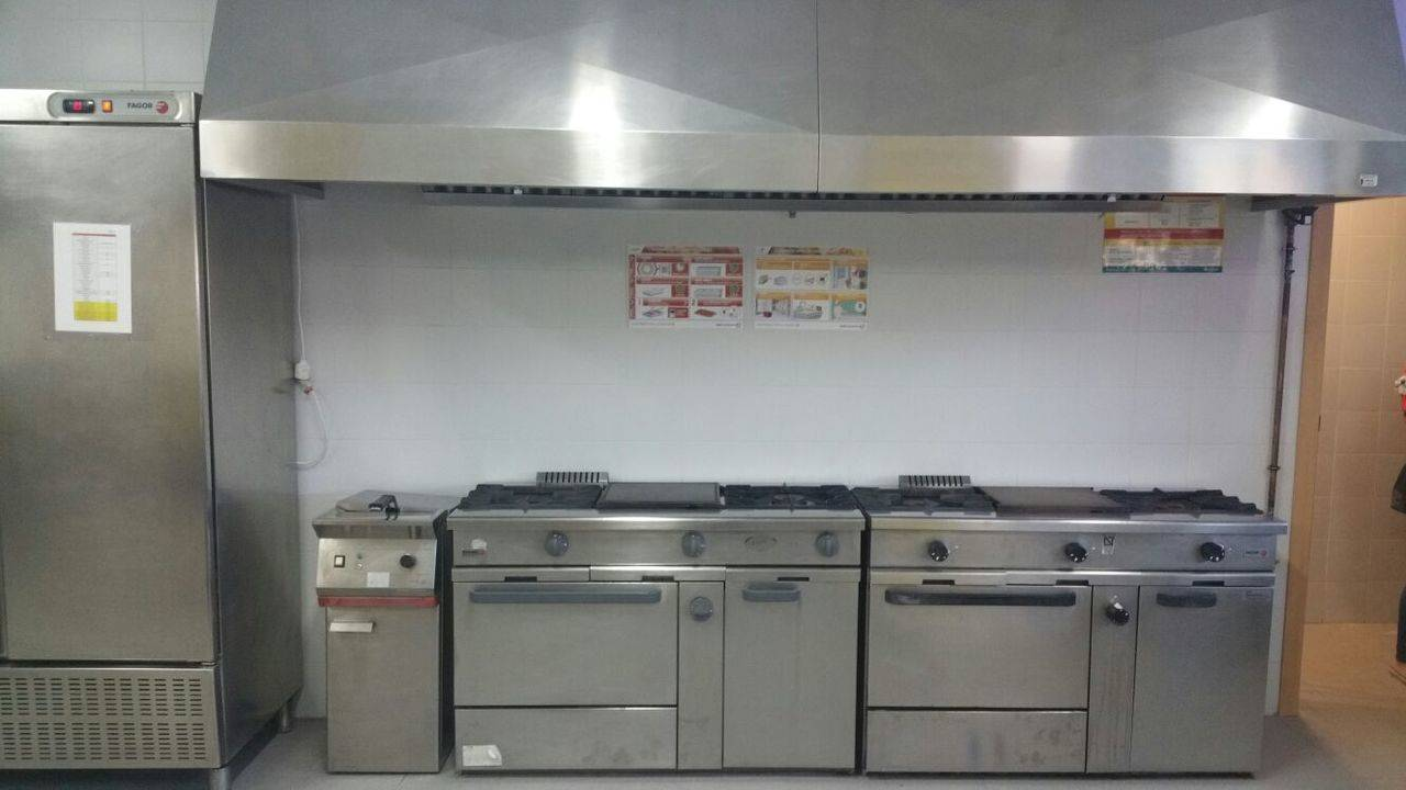 horche termina la instalaci n de las cocinas en el colegio