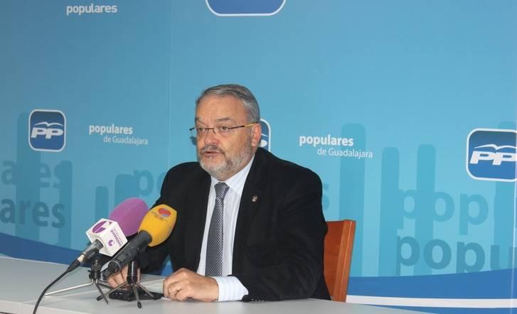 """De las Heras afirma que """"Sánchez acude a Toledo a tirarle de las orejas a Page por sus continuas traiciones"""""""