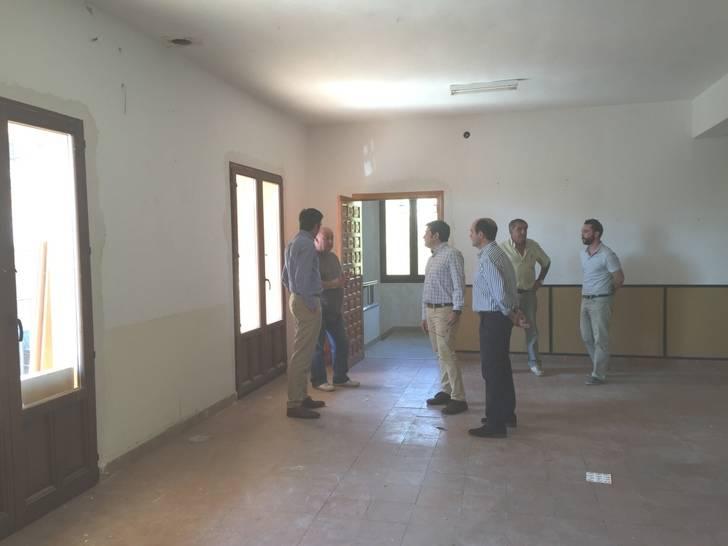 La Diputación lleva a cabo reformas en el Ayuntamiento de Alarilla y en el centro de usos múltiples de Taragudo