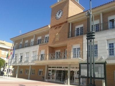 El PP asegura que el alcalde socialista de Cabanillas subirá los impuestos a comerciantes y emprendedores