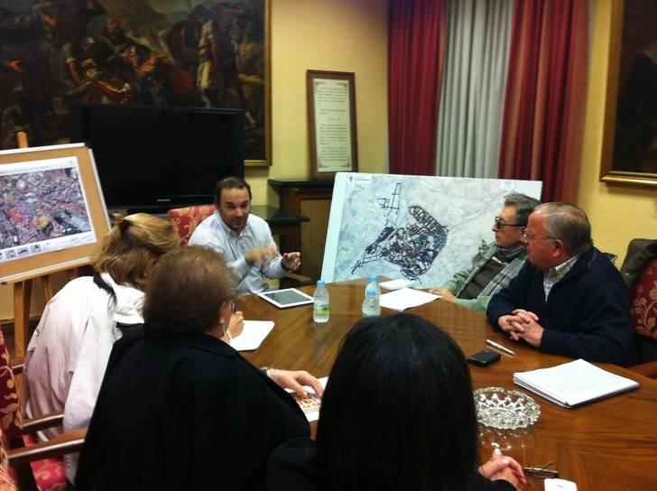 Comienza la ronda de contactos para explicar la Estrategia de Dinamización del Casco Antiguo