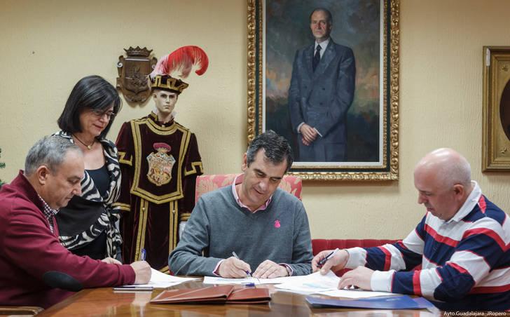 Convenio de colaboración entre el Ayuntamiento, FEDECO y FCG