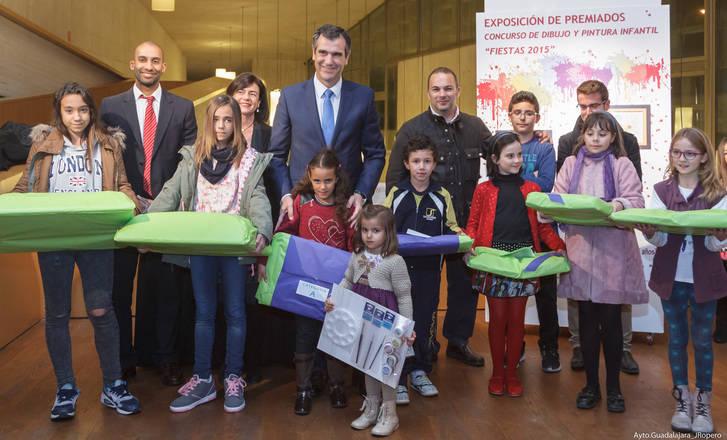 Entregados los premios de los concursos de pintura infantil y fotografía de las Ferias y Fiestas 2015