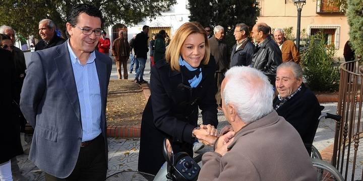 """Cospedal: """"Los españoles saben que si Rajoy dice que somos capaces de crear 2 millones de empleos es porque se cumplirá"""""""