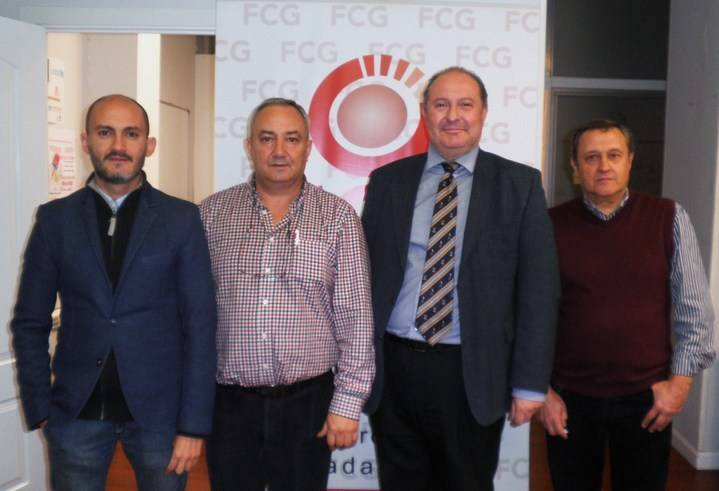 FCG firma un convenio con el AMPA de Salesianos para la tarjeta de fidelización de clientes