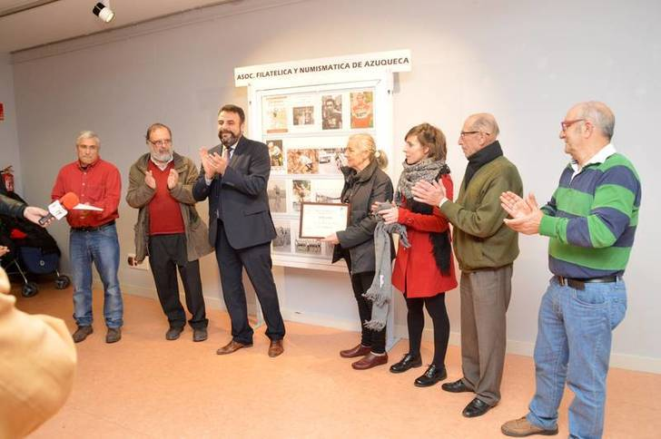 Un momento de la inauguración de la EXPOAFNA dedicada a José Luis Viejo. Fotografía: Álvaro Día Villamil/ Ayuntamiento de Azuqueca de Henares