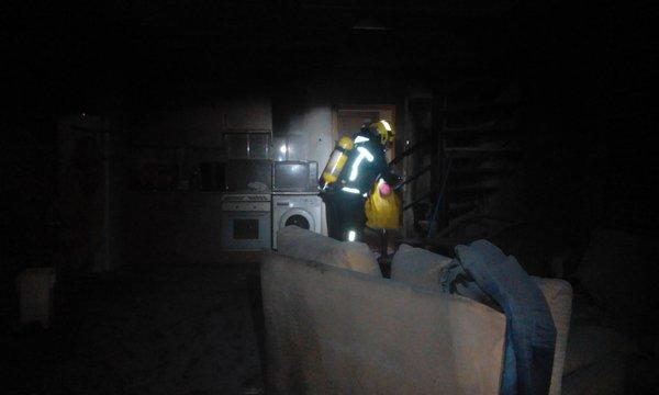 Un intoxicado por humo en el incendio de una vivienda en Cabanillas