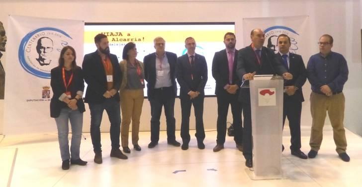 La Diputación reparte más de 30.000 folletos turísticos de la provincia en FITUR