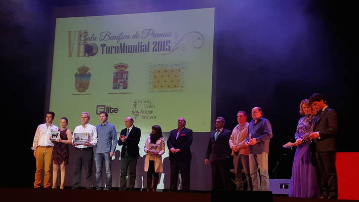 El presidente de la Diputación asiste a la Gala benéfica de Premios Toromundial