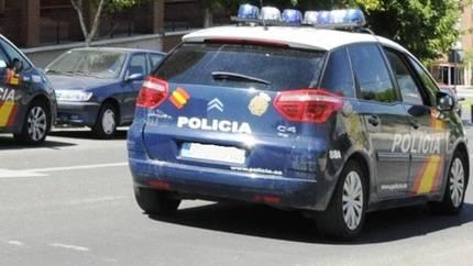 Un policía y una joven, heridos en un accidente de tráfico en Guadalajara