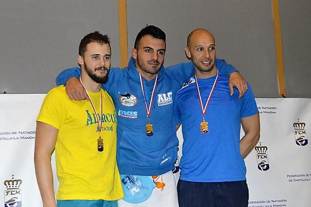 LLuvia de medallas en los regionales de natación para los Alcarreños