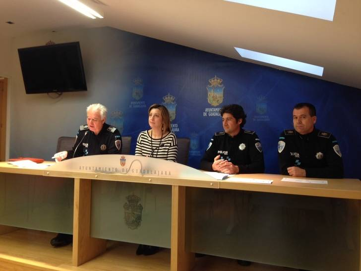 El Ayuntamiento ofrece a los ciudadanos un Servicio de Mediación gratuito a través de la Policía Local