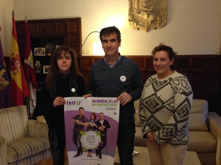 Román se reúne con la Asociación de Enfermedades Raras de Guadalajara