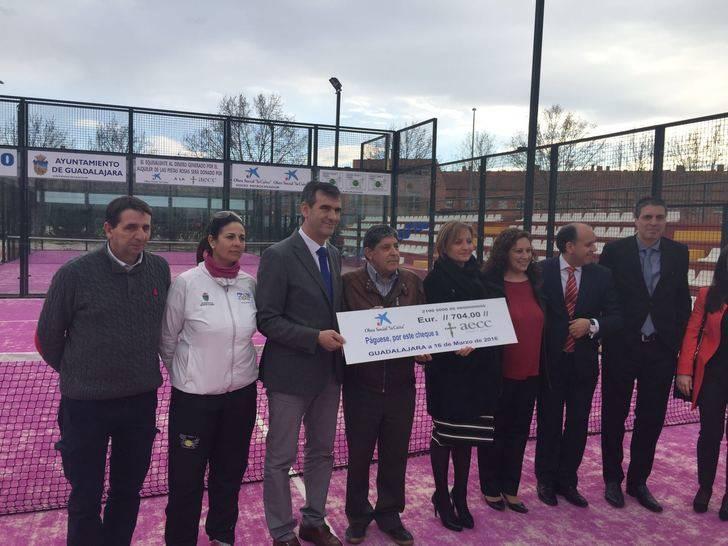 """La Obra Social """"la Caixa"""" y el Ayuntamiento de Guadalajara promueven una nueva iniciativa a favor de la Asociación contra el Cáncer"""