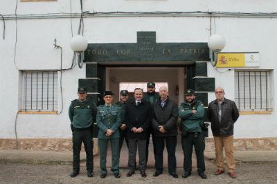 El delegado del Gobierno visita el cuartel de Jadraque
