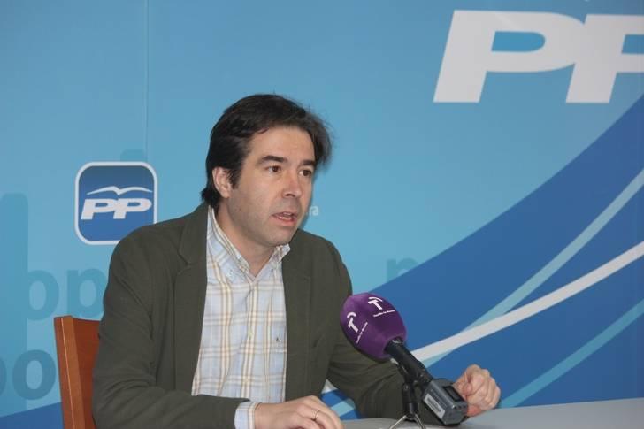 """Lorenzo Robisco denuncia que """"los que mucho gritaban y estaban indignados ahora se han convirtiendo en la casta socialista"""""""