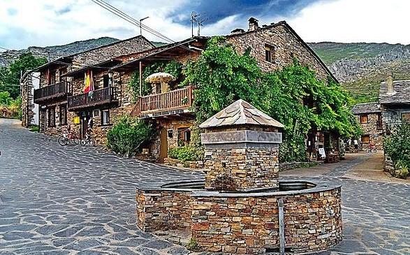 Los 44 pueblos m s bonitos de espa a uno de ellos de guadalajara crean su propia central de - Anento casa rural ...