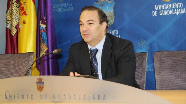"""Carnicero: """"Los datos ofrecidos por Jiménez son falsos. Cualquiera puede comprobarlo recurriendo al Portal de Transparencia municipal"""""""