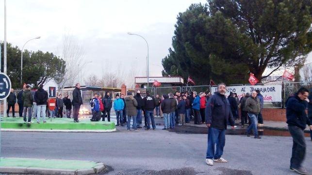 Los trabajadores de Heliocolor irán la huelga indefinida a partir del 22 de abril