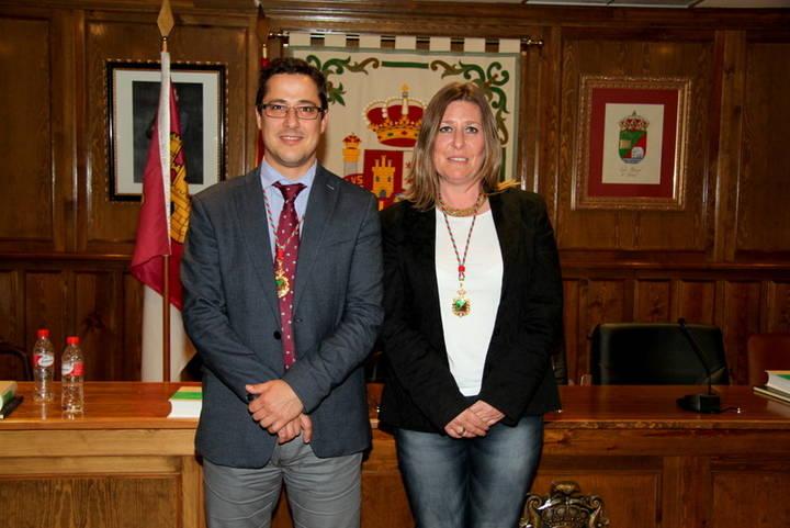Marta Usano y José María González toman posesión como concejales en el Grupo Municipal Ciudadanos Alovera