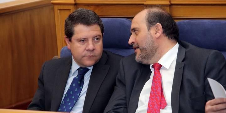 """Page aprueba sus presupuestos regionales gracias al """"sí"""" de Podemos"""