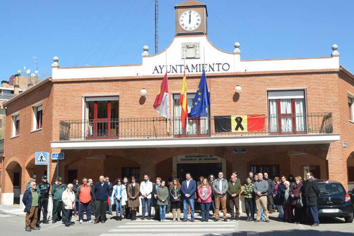 Azuqueca, Sigüenza y Fuentenovilla muestras su repulsa por los atentados en Bruselas