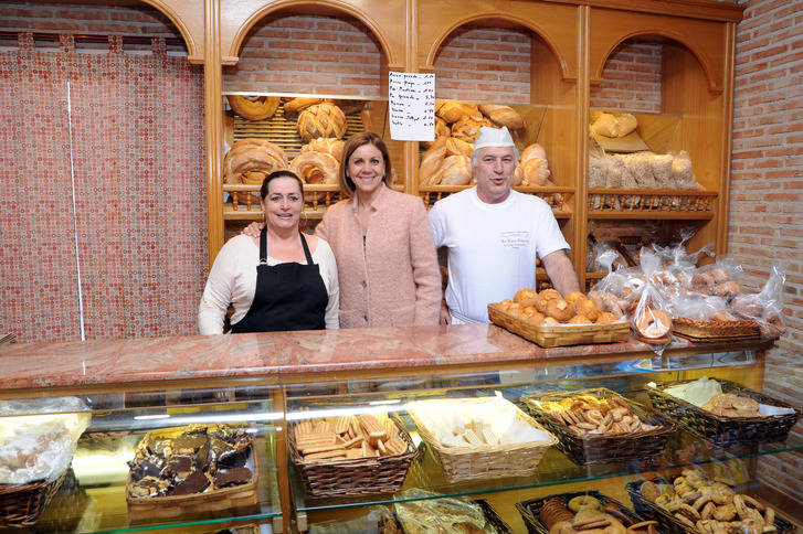 """Cospedal denuncia que Castilla-La Mancha es una de las tres regiones de las que más empresas se van """"porque el Gobierno regional sube los impuestos"""""""