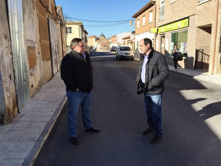 La Diputación lleva a cabo obras de pavimentación de calles en Alovera, Yunquera de Henares y Marchamalo