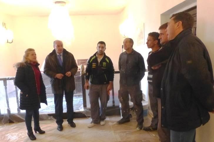 La Diputación abona 1,7 millones de euros que va a permitir la contratación de 1.066 desempleados en la provincia