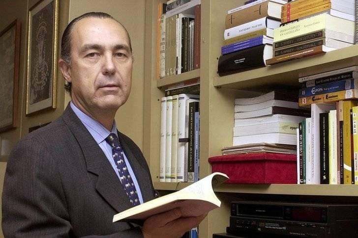 Luis Alberto de Cuenca, nombrado Arcipreste del Año 2016