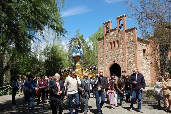 Yunquera de Henares y Heras de Ayuso hermanadas en torno a la Virgen de la Granja en la festividad de San Cleto