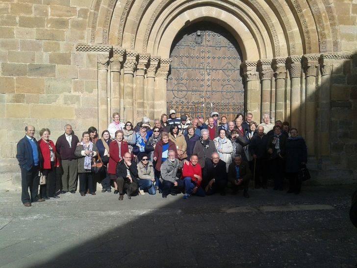 La hermandad de Santa Águeda de Málaga del Fresno visita Tarazona