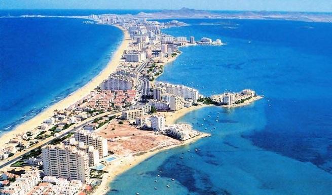 Este lunes se abre el plazo de inscripción para participar en el programa Salud y Playa