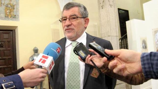 Ángel Felpeto, nuevo consejero de Educación, Cultura y Deporte en sustitución de Reyes Estévez