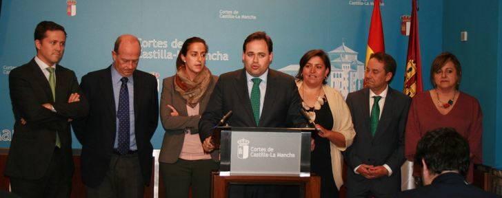 Alcaldes del PP denuncian que Page engaña a los ayuntamientos al no pagar el plan de empleo