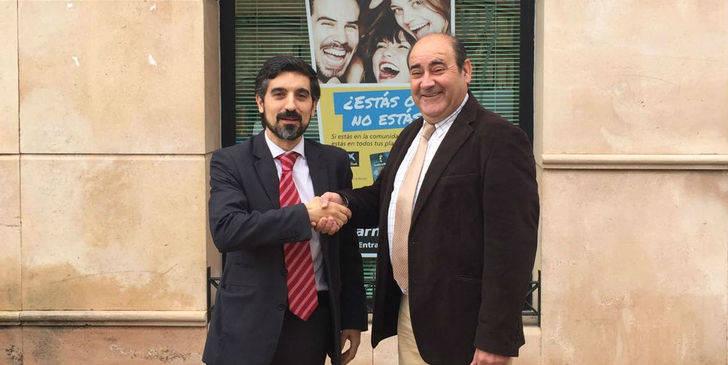 Torremocha del Campo firma un convenio con la Caixa para facilitar el transporte de las personas de los núcleos anexionados