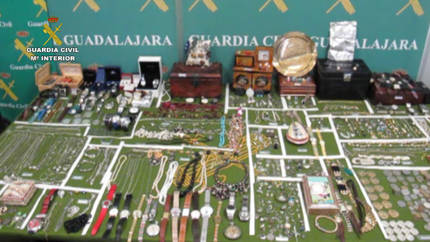 La Guardia Civil desarticula un grupo criminal organizado dedicado al robo en viviendas, establecimientos y vehículos en poblaciones del Corredor del Henares