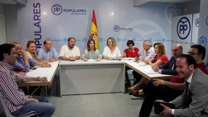 """Guarinos: """"El convenio sanitario con Madrid que firmó Cospedal es garantía para nuestra salud; solo quien está instalado en la soberbia, como el gobierno socialista, puede querer eliminarlo"""""""