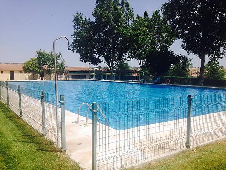Abierta al público la piscina municipal de Yebra